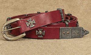 ceinture médiévale longue et fine