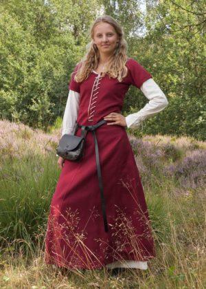 Cotehardie robe médiévale Ava manches courtes rouge vin