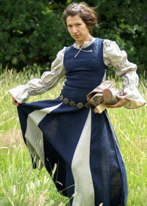 robe médiévale Finna bleue