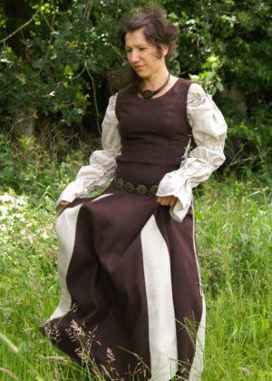 Robe médiévale Finna
